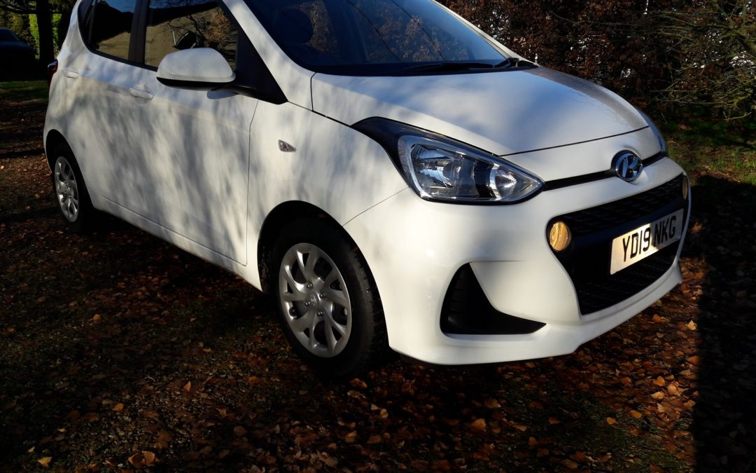 Hyundai i10 1.0 SE 2019 (19 plate) 5 dr hatchback/5 speed, JUST 1261 MILES £7995