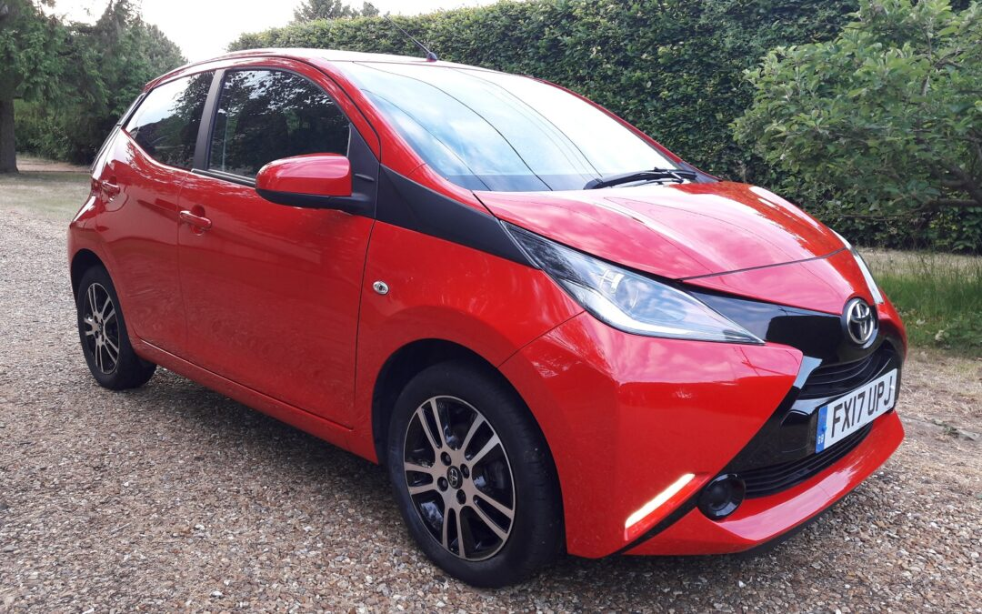 Toyota Aygo X-Play VVT-i  2017 (17) plate 5 door/5 speed manual £SOLD