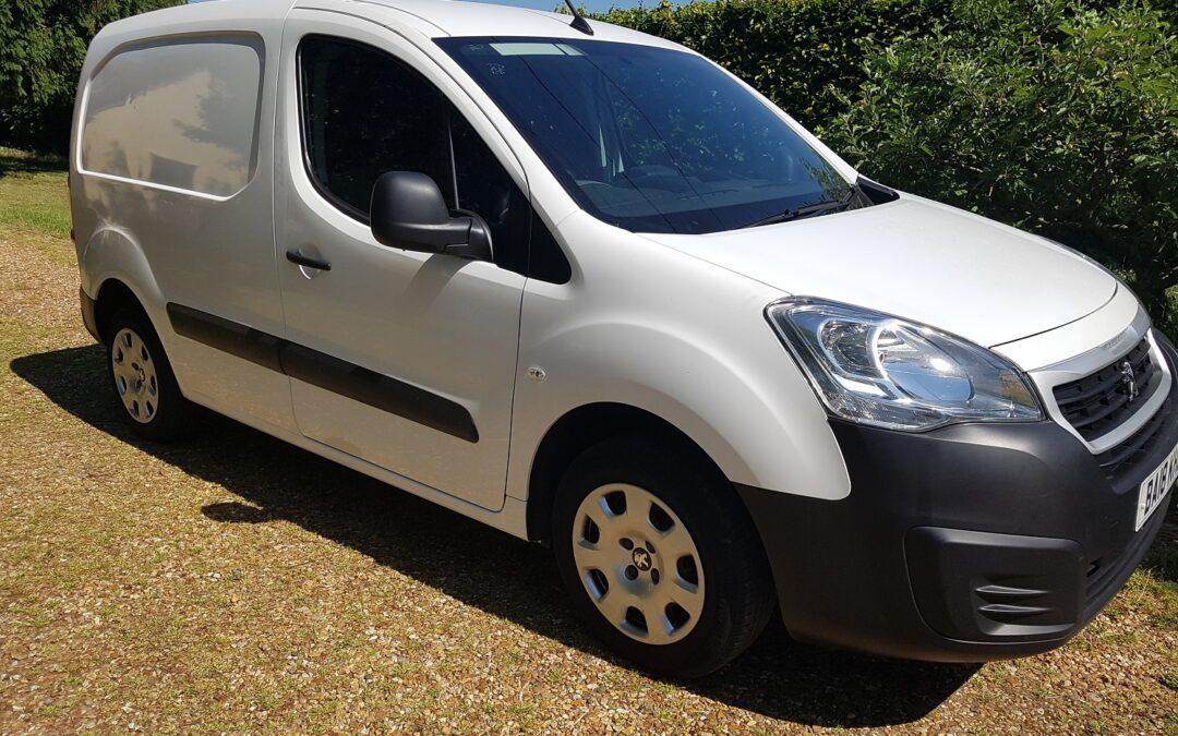 Peugeot Partner 850 1.6 Blue HDi 100 Professional Van. 2018 (18 plate) 5 speed manual. 77,900 miles £SOLD